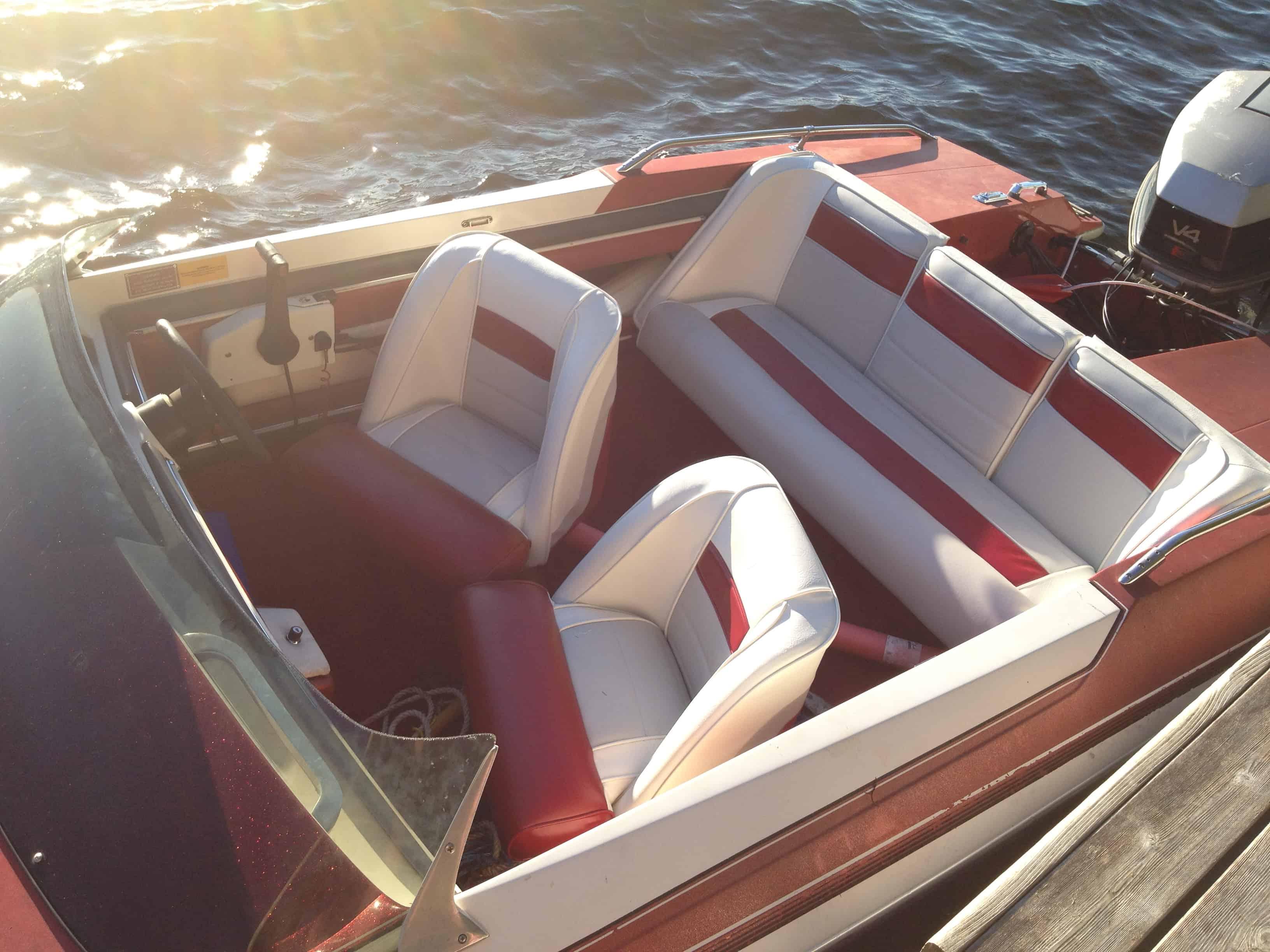Our boat and vinyl seriously spray paint saved by scottie for Painting aluminum boat interior