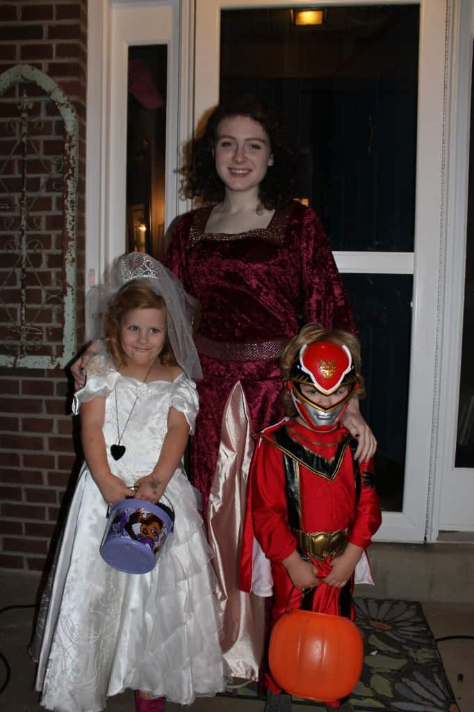 Mother Gothel, a bride and red power ranger... what a crew!