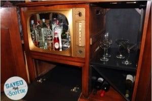 Admiral cabinet interior2