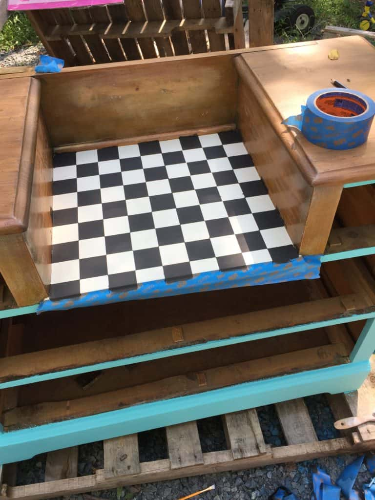 SXS checker dresser top done