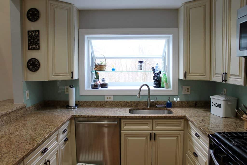 low-cost-kitchen-after-sink