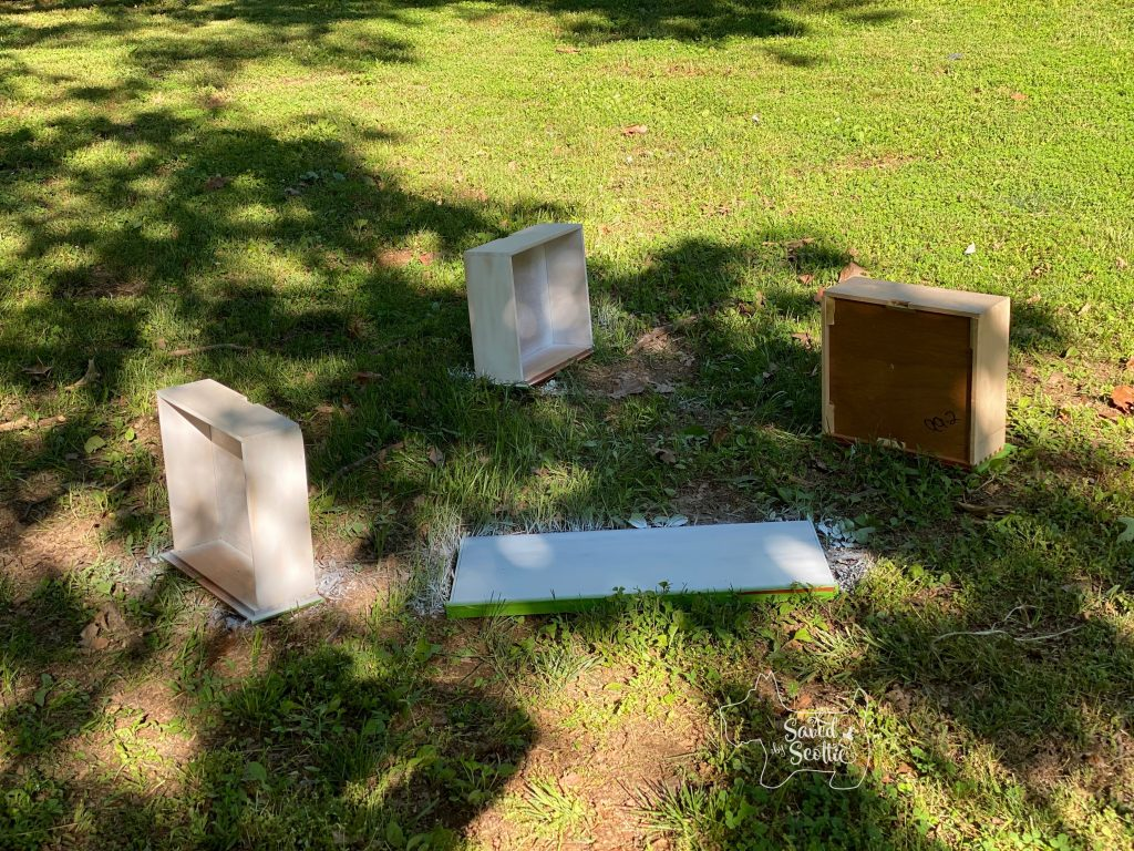 drawers removed from desk and in yard ready to be spray painted